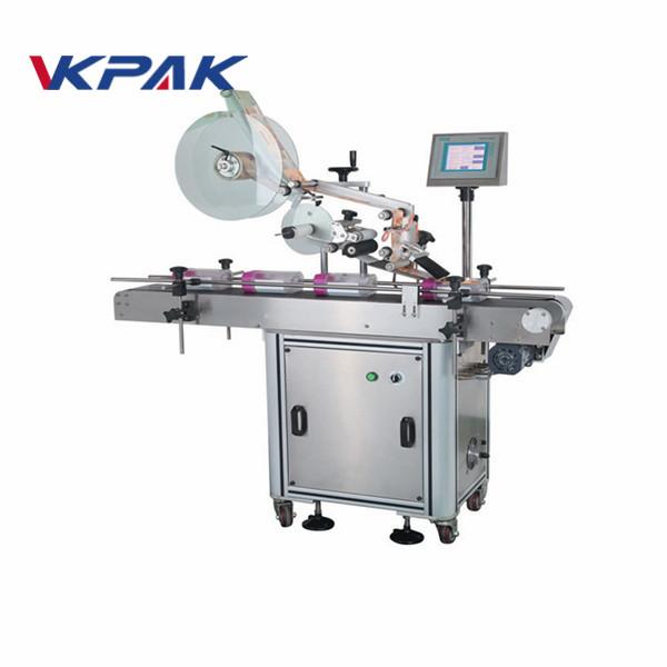 Automatický stroj na nanášení štítků s plochým povrchem na sáčky