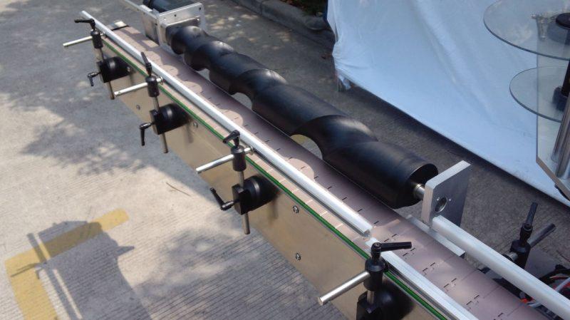 Čína Balicí stroj na kulaté lahve na etikety pro použitého dodavatele samolepicích automatických továrních cen