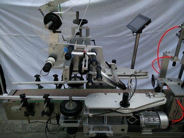 Čína PLC Slavný japonský aplikátor štítků s plochým povrchem značky MITSUBISHI s dodavatelem kouzelného oka pro detekci objektů