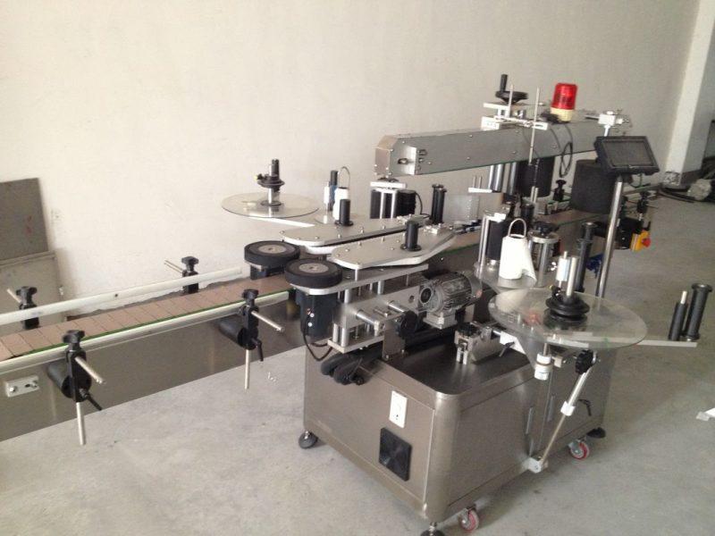 Čína pivní láhev oboustranný štítkovací štítkovací stroj, automatický štítkovací štítkovací stroj dodavatel